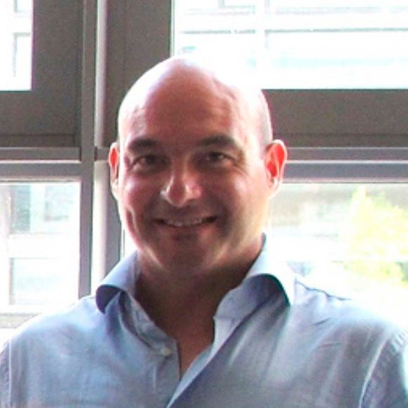 Dr. Luis J. Callarisa Fiol